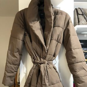 Gap primaloft puffy winter coat